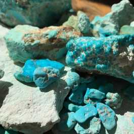 History and virtues of the turquoise according to the Native Americans
